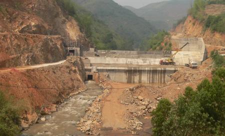 Thủy điện Nậm Công (tỉnh Sơn La) đang thi công. Ảnh: PanNature.