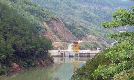 Video: Phát Triển Thủy điện – Có Nên Chấp Nhận đánh đổi?