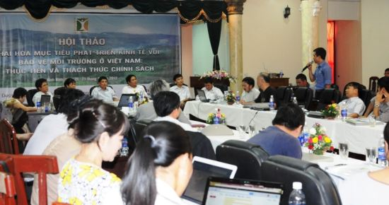 media-policy-workshop-01