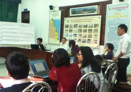 Liên Minh Đất Rừng Khởi động Các Dự án Do Oxfam Anh Tài Trợ