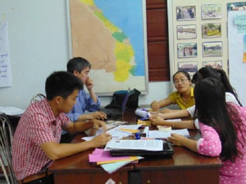 Học viên tham gia thảo luận nhóm (Ảnh: FORLAND)