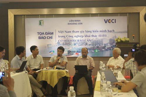 """Tọa đàm Báo Chí: """"Việt Nam Tham Dự EITI: Cơ Hội Hay Rào Cản?"""""""