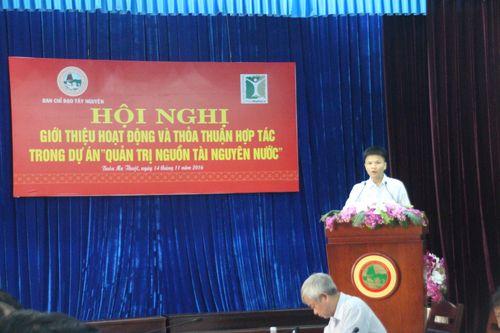 Ông Nguyễn Việt Dũng, Phó Giám Đốc PanNature chủ trì Hội nghị. (Ảnh: PanNature)