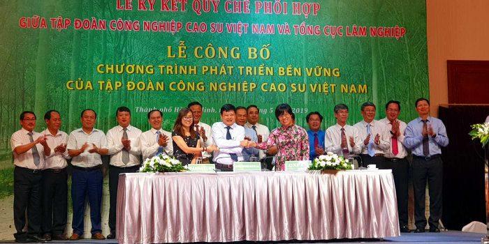 PanNature, Oxfam Ký Biên Bản Hợp Tác Với Tập đoàn Cao Su Việt Nam